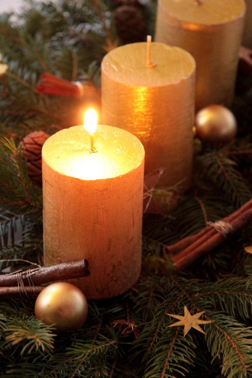 candle-1074005_1920